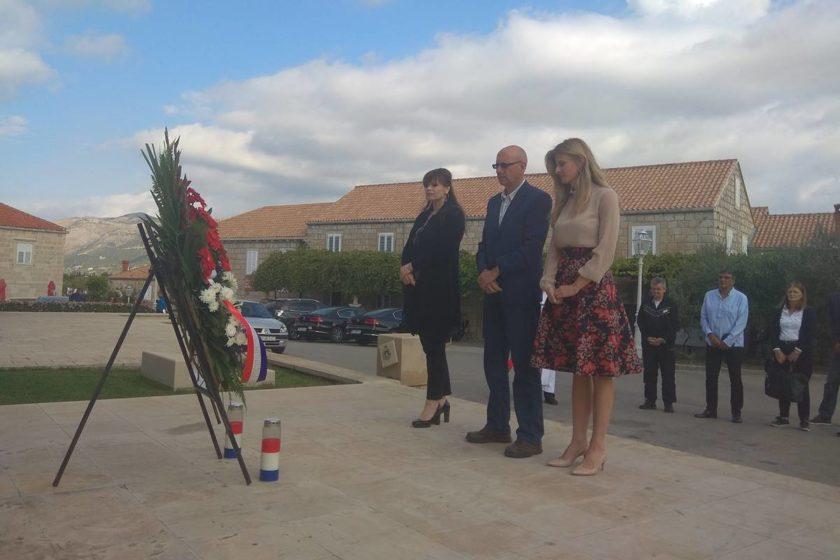 Predstavnici Općine Konavle položili vijenac povodom Dana neovisnosti