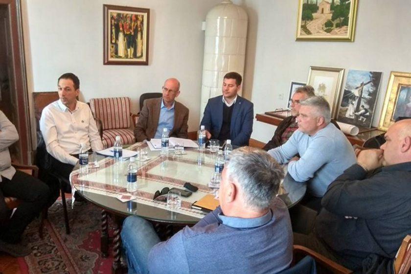 Predstavnici Općine Konavle, Zračne luke te Mjesnih odbora Močića i Čilipa raspravljali o radovima na aerodromu