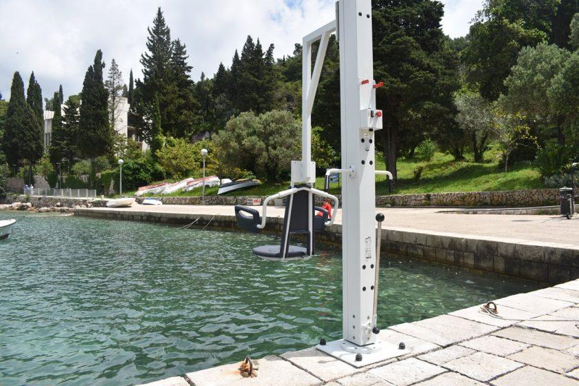 Način i uvjeti korištenja liftera na plaži ispod hotela Croatia