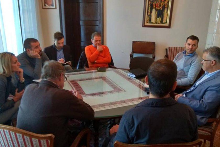 Zamjenik Radonić s ravnateljem Javne ustanove za upravljanje zaštićenim dijelovima prirode razgovarao o otvaranju špilje Šipun