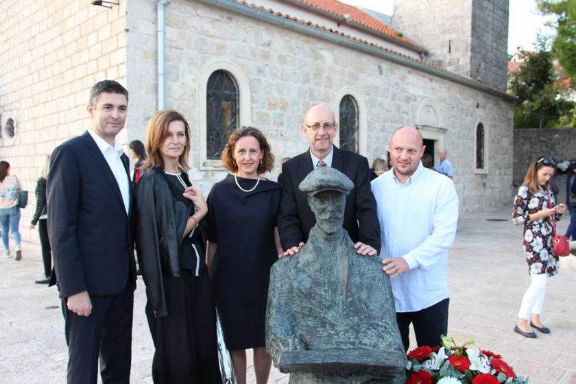 DAN OPĆINE KONAVLE 2019. U Cavtatu otkriven spomenik Vlahu Bukovcu, MiGK vraćene njegove slike