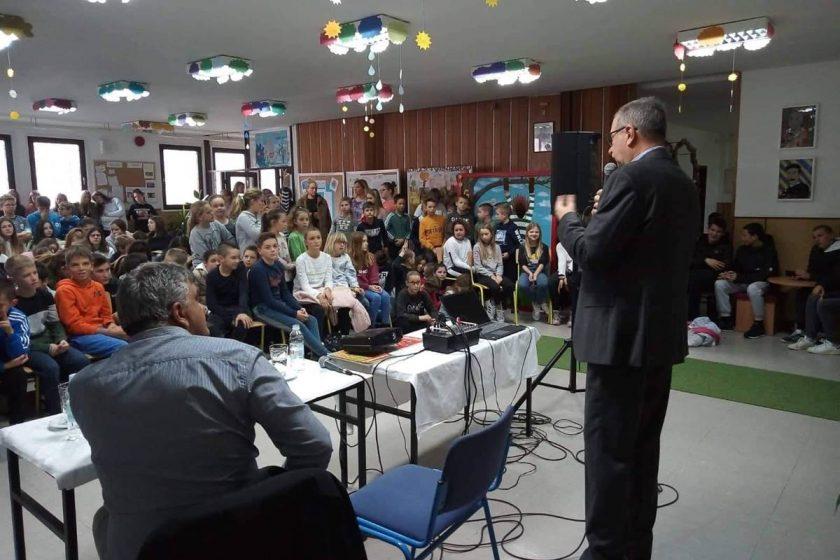 Osnovna škola Cavtat prigodnim predavanjem obilježila Dan dubrovačkih branitelja