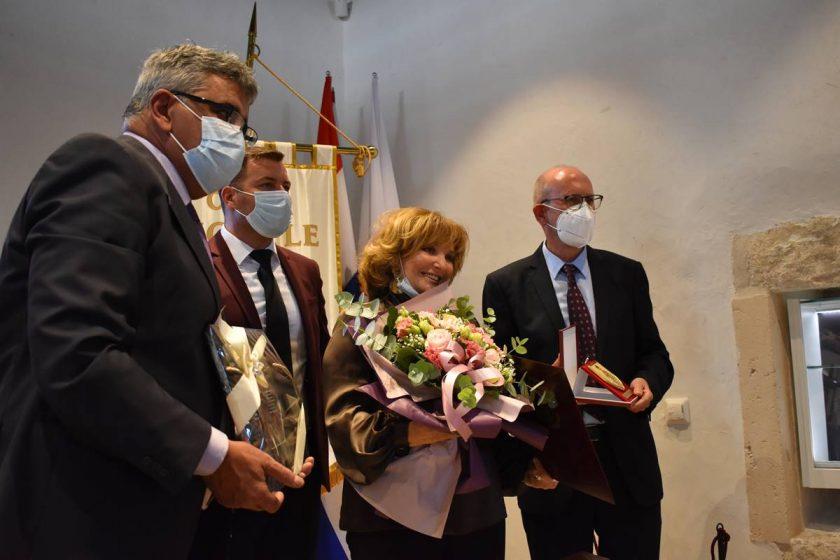 DAN OPĆINE KONAVLE 2020. Položeni vijenci na Vojskom dolu i u Čilipima, dodijeljena priznanja laureatima na svečanoj sjednici Općinskog vijeća