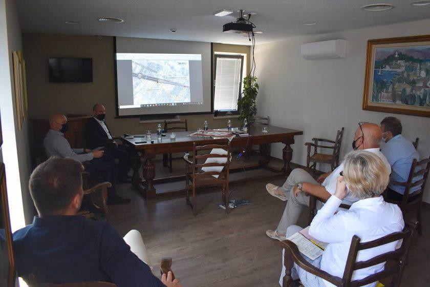 U zgradi Općine Konavle predstavljen novi ulaz u Zračnu luku u Čilipima i gospodarsku zonu